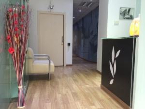 Reforma Clínica Médica. Hall de entrada al local, Valencia